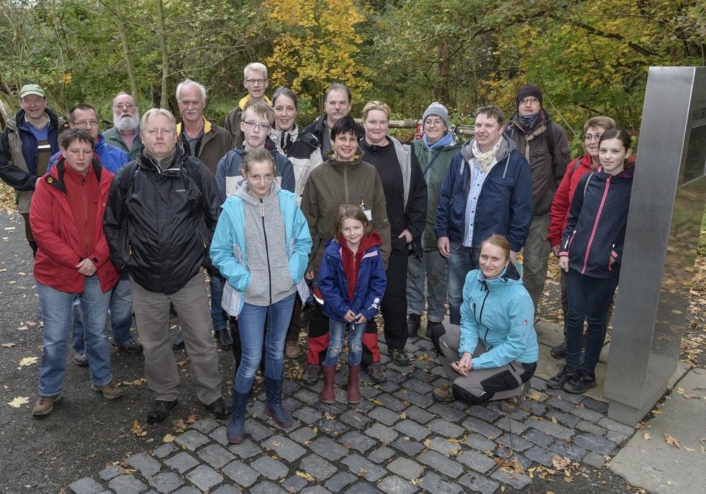 Die Gruppe bei der Herbstaktion. Foto: Jürgen Eickmann