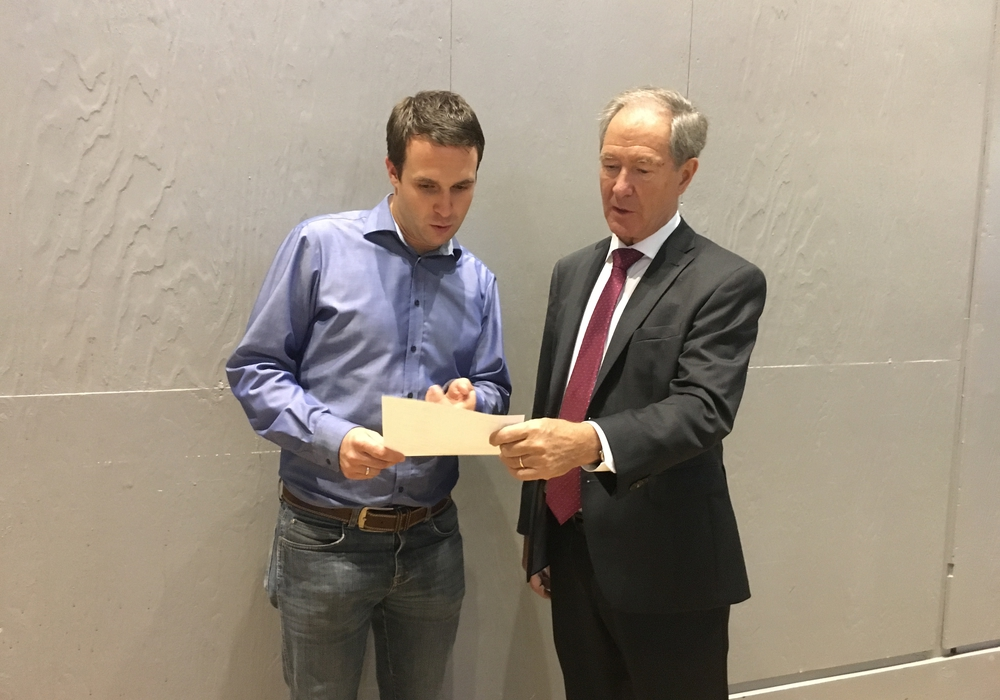 Der CDU-Landtagskandidat Michael Berger erhält Unterstützung von Braunschweigs ehemaligen Oberbürgermeister  Dr. Gert Hofmann. Foto: CDU
