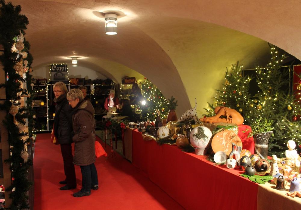 Vom AC/DC-Cover-Konzert und Musiktheater bis hin zum Verweilen auf Weihnachtsmärkten ist wieder einiges los. Hier: Adventsmarkt in der Kommisse. Foto: Jan Borner