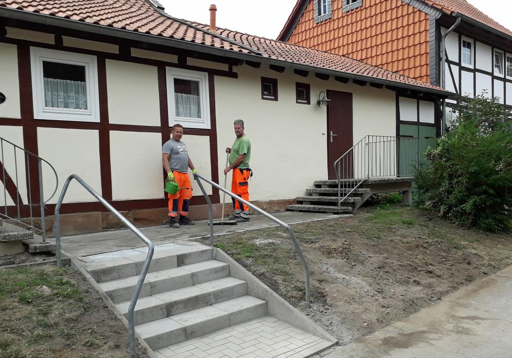 Die Treppe wurde in dieser Woche erneuert. Foto: Jürgen Lingelbach