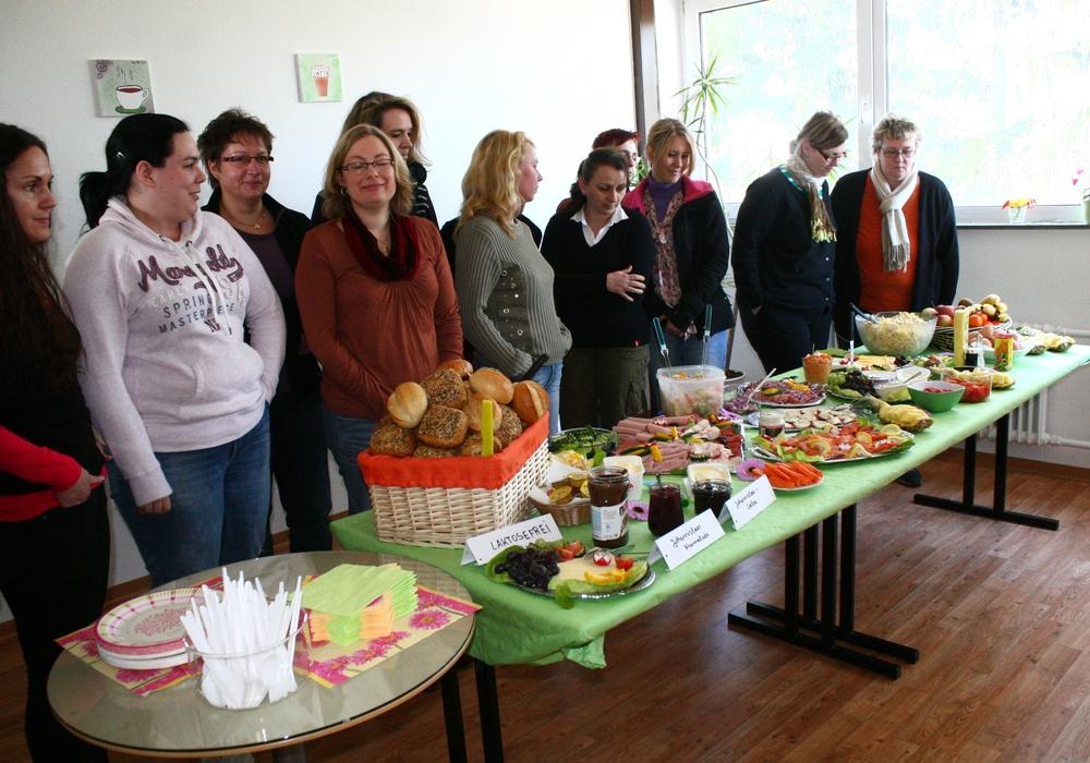 Frühstück zum Frauentag in Lehre. Symbolbild: Anke Donner