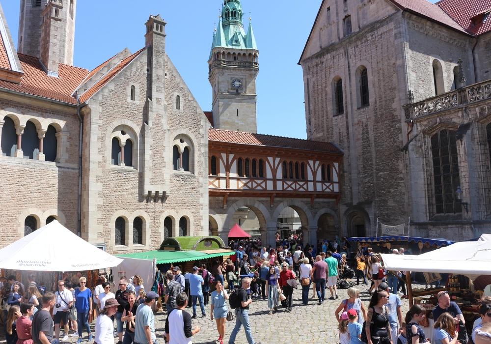 Der Mittelaltermarkt in Braunschweig ist Pfingsten immer ein beliebtes Ausflugsziel. Foto: Anke Donner