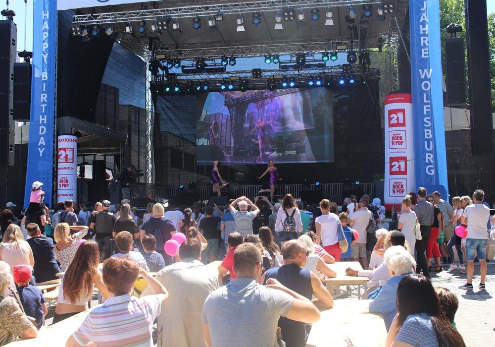 Auf der großen Bühne gibt es wieder viele Aufführungen zu bestaunen. Fotos: Jonas Walter