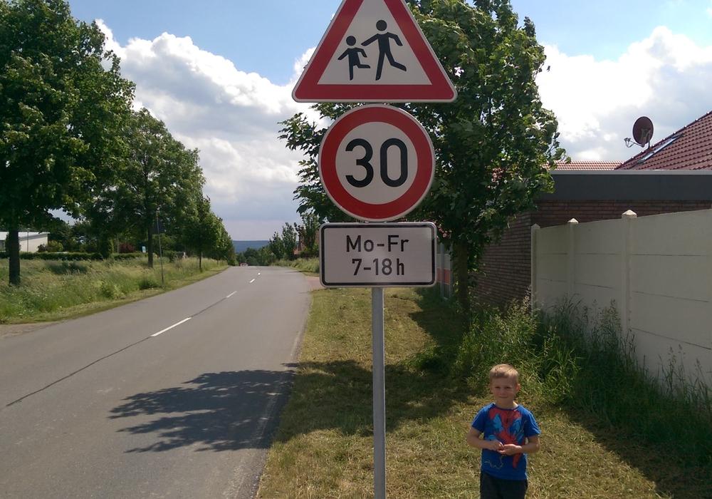 Die CDU in Sickte kritisiert die Autofahrer in Sickte. Nur wenige halten sich an die Geschwindigkeitsbegrenzung. Foto: Privat