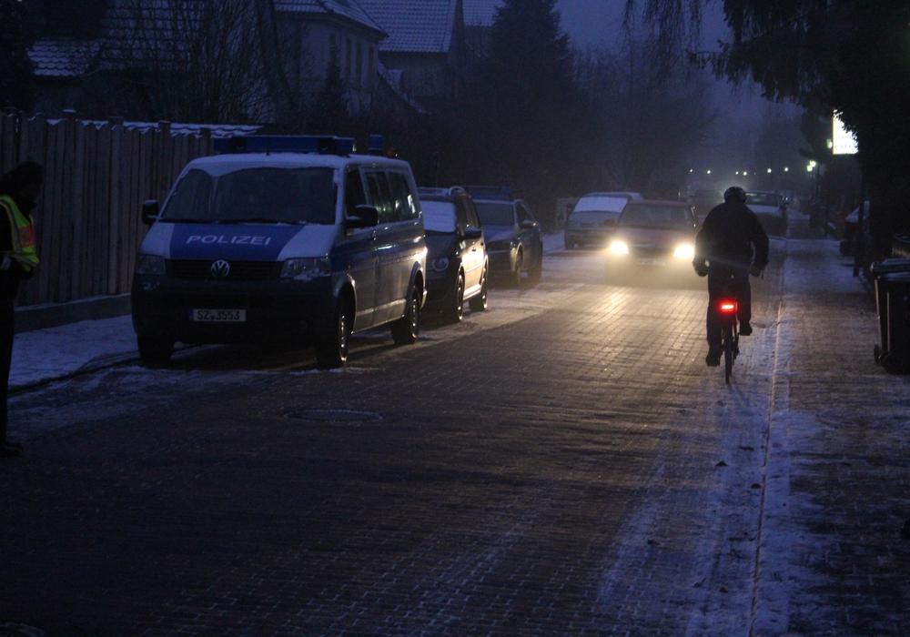 Eine 59-jährige Radfahrerin ist am Mittwochmorgen bei einem Verkehrsunfall leicht verletzt worden. Symbolfoto: Alexander Dontscheff