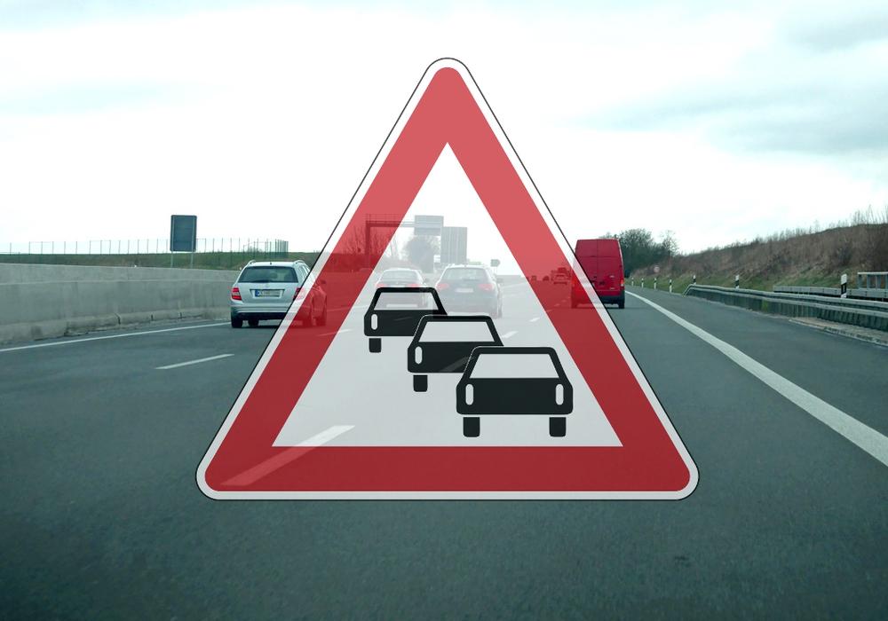 Derzeit staut sich der Verkehr im Bereich Autobahnkreuz Braunschweig-Süd. Symbolfoto: Alexander Panknin; Karte: Nick Wenkel/maps4news.com