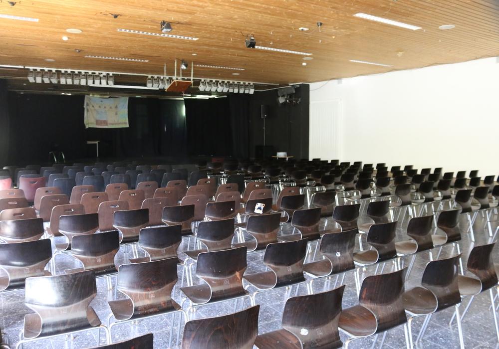 Das THG wünscht sich eine Modernisierung der Schulaula. Fotos: Werner Heise