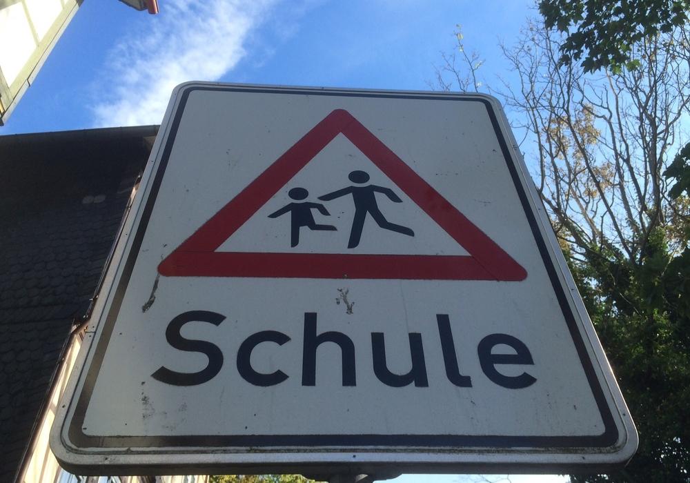 Die Fassung der geltenden Schülerbeförderungssatzung für den Landkreis Goslar soll angepasst werden. Symbolfoto: Anke Donner