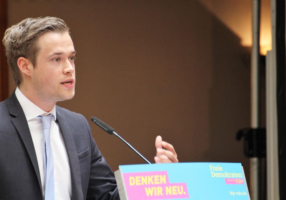 Lars Alt kritisiert die Verzögerungstaktik der Landesregierung in Bezug auf das Wahlrecht ab 16. Foto: Junge Liberale Niedersachsen e.V.