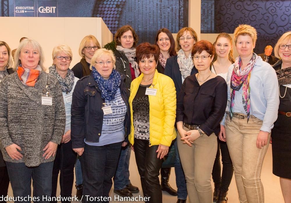 UnternehmerFrauen im Handwerk zu Besuch bei der Cebit. Foto: Norddeutsches Handwerk/TorstenHamacher