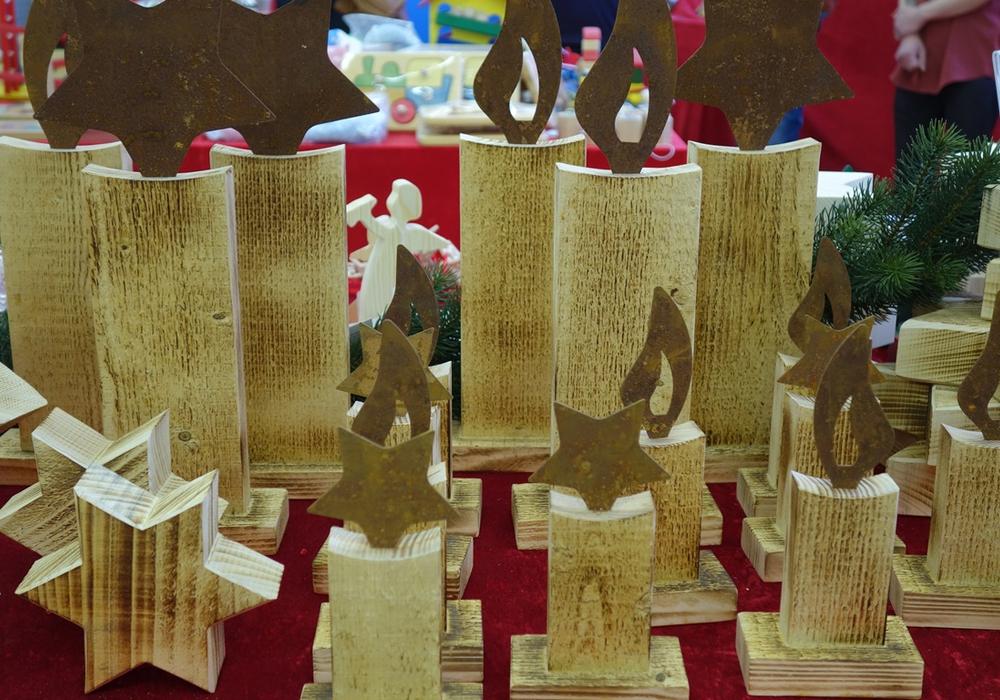 Adventliche Stimmung, Geschenkideen, Kinderprogramm und Leckereien verspricht der Weihnachtsmarkt der Lebenshilfe Braunschweig in Abbenrode. Foto: Elke Franzen