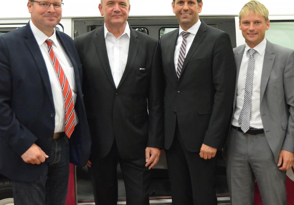 Auf dem Bild zu sehen sind von links: Marcus Bosse, Bernd Osterloh, Olaf Lies und Stefan Klein., Foto: privat