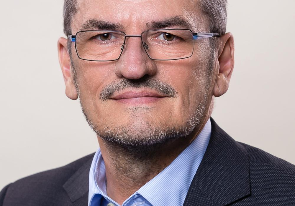 Peter Edelmann stellt sich zum Bürgergespräch. Foto: CDU