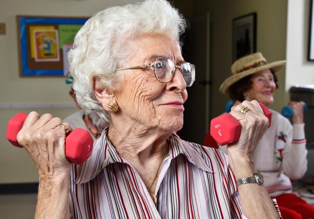 Das Thema Gesundheit liegt Senioren, der größten Bevölkerungsgruppe im Landkreis Goslar, besonders am Herzen. Eine adäquate und ortsnahe Versorgung ist deshalb von großer Bedeutung. Foto: istockphoto.com/Rich_Legg