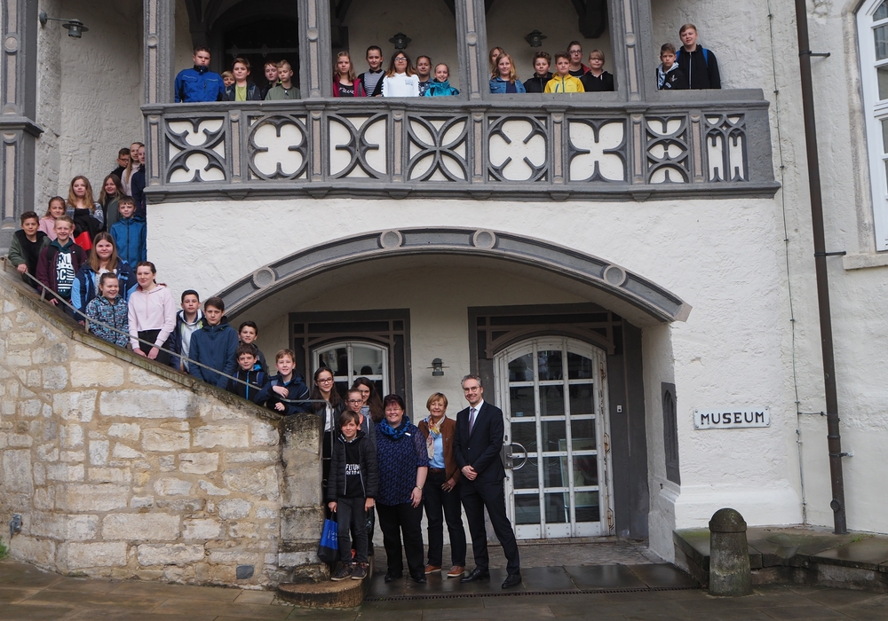 46 Mädchen und Jungen der Klassenstufen fünf bis zehn informierten sich beim Landkreis Gifhorn über Berufsmöglichkeiten in einer Kreisverwaltung.  Foto: Landkreis Gifhorn
