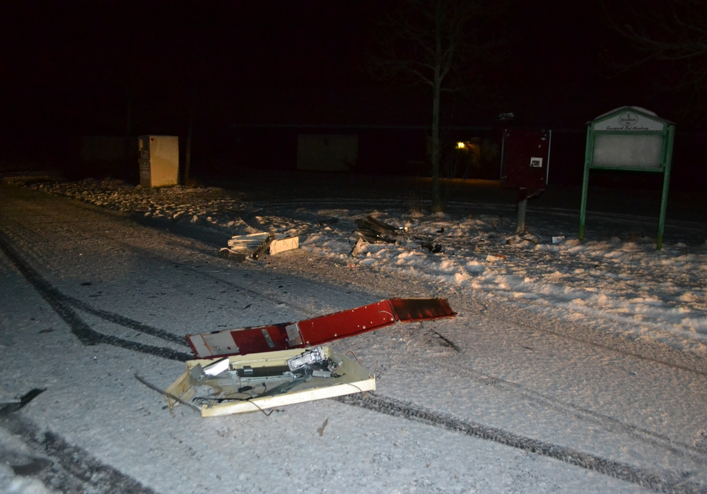 Wieder wurde in Bad Harzburg ein Zigarettenautomat gesprengt. Foto: Polizei