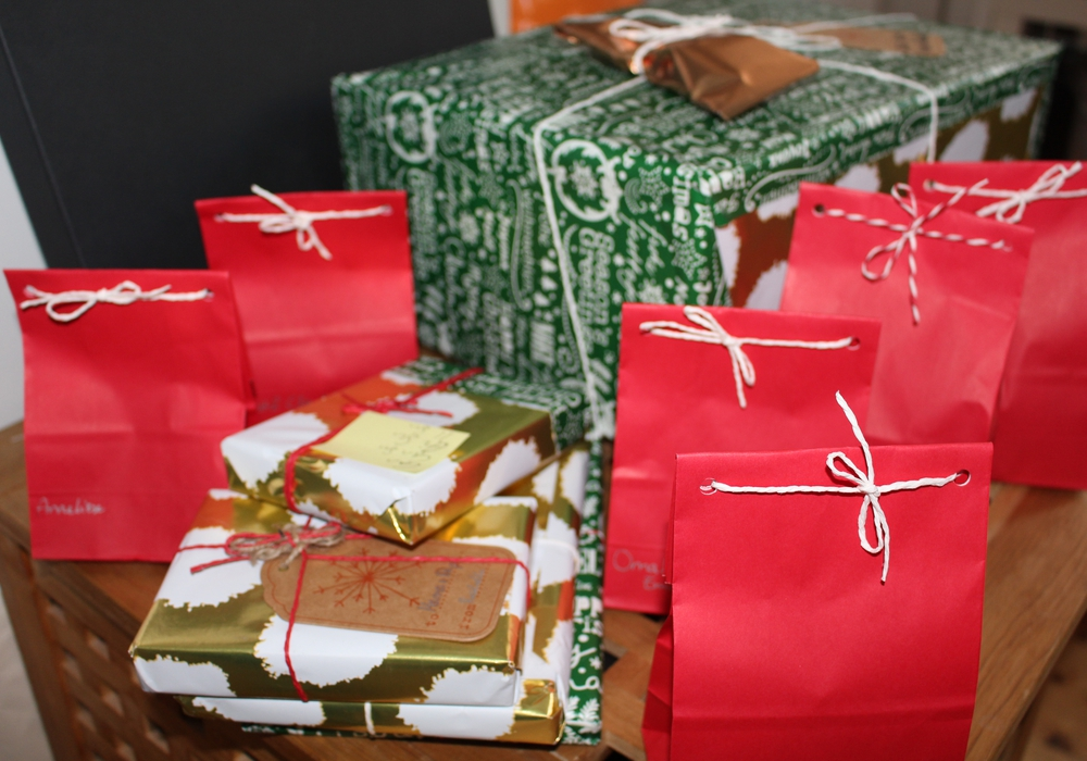 Nicht das richtige Geschenk unter dem Weihnachtsbaum gehabt. Hier gibt es Tipps zum Umtausch. Symbolfoto:  Jan Borner