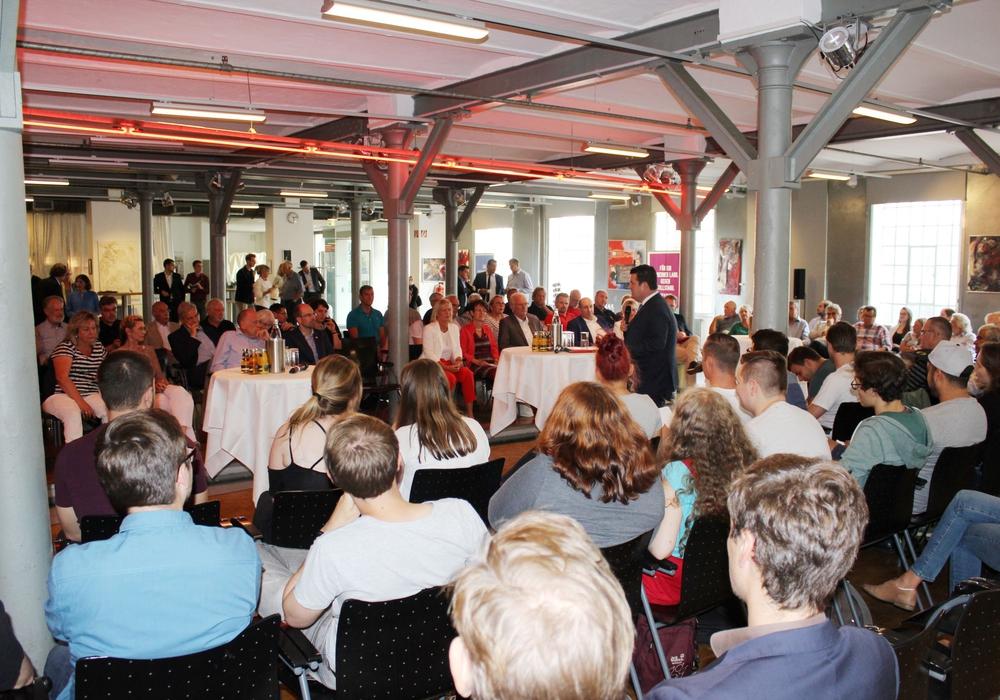 Der kleine Bezirksparteitag in Braunschweig. Foto: SPD