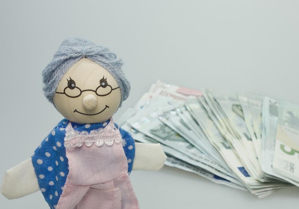 Wie die Rente berechnet wird und wie hoch die persönliche Versorgungslücke im Alter ist, bleibt für viele unklar. Symbolfoto: pixabay
