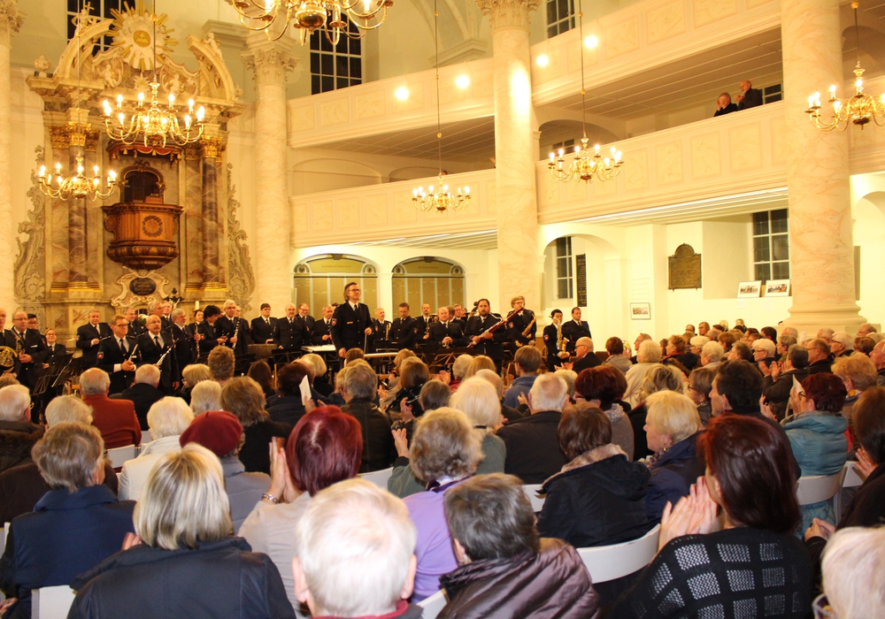 Das Polizeiorchester Niedersachsen spielte am Donnerstag in der Trinitatiskirche. Fotos: Anke Donner