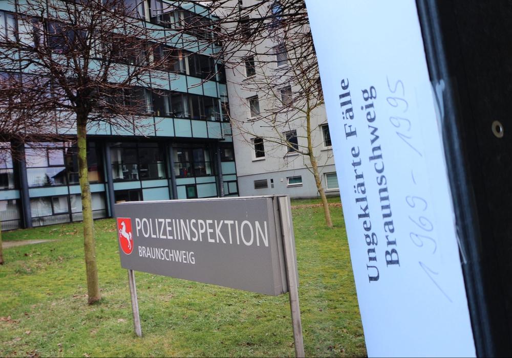 Polizeikommissar Holger Kunkel blickt mit regionalHeute.de auf zwei Fälle zurück, die lange Zeit als ungeklärt galten. Foto/Video: Anke Donner