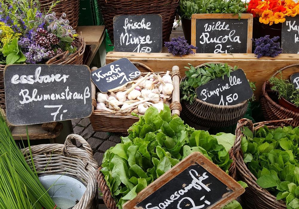 Am Samstag lädt der Wochenmarkt in Salzgitter-Bad wieder zum Bummeln ein. Symbolbild: pixabay