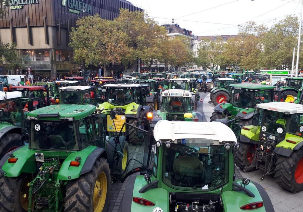 Aus mehreren Fraktionen der Landesregierung äußert sich Unmut über manche Protestformen der Bauern. Symbolfoto: regionalHeute.de