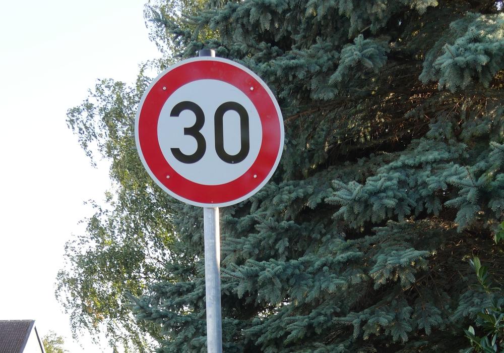 Streckenbezogene Geschwindigkeitsbegrenzungen sind nun einfacher einzurichten. Foto: Nino Milizia
