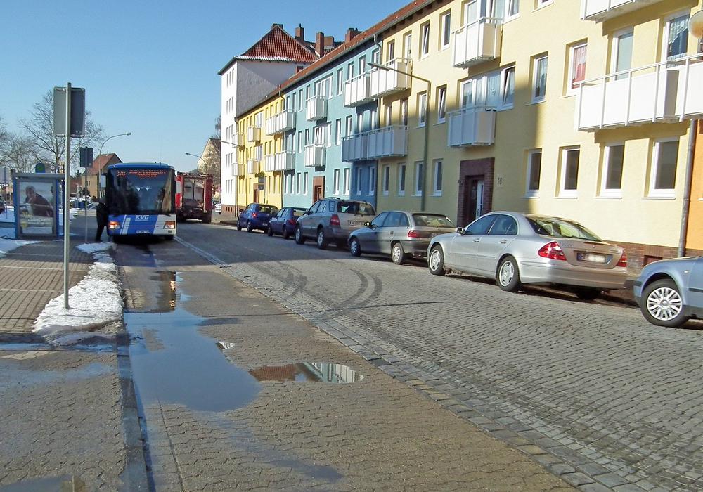 In der Conringstraße wird es oft gefährlich eng. Foto: Kreisverkehrswacht/Klaffehn