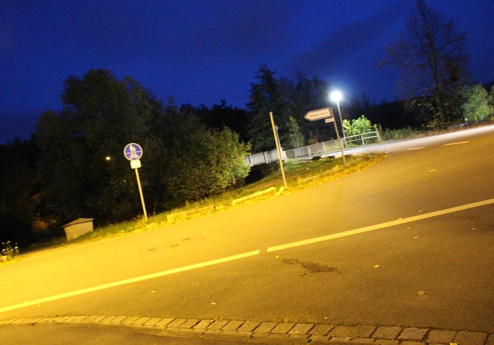 An der Wolfenbütteler Straße / Einbiegung zur Mühlenstraße wird über eine Änderung der Fahrbahnmarkierung nachgedacht. Foto: Nino Milizia (Archiv)