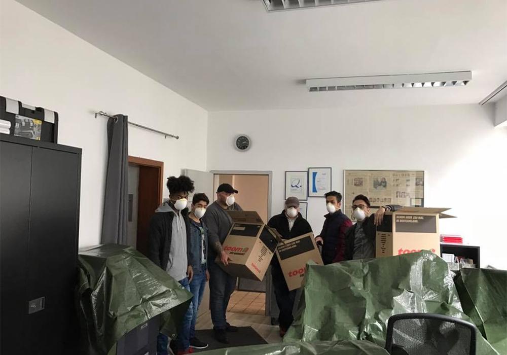 Die Freiwilligenagentur hat ihre Tätigkeiten in das nahegelegene Projektbüro in der Harzstraße 23 verlegt. Einen Dank richtet die Freiwilligen Agentur an die Umzugshelfer. Foto: Ding