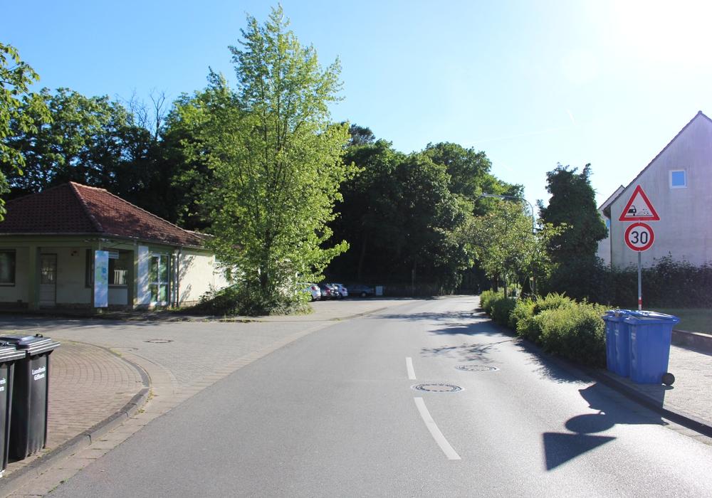 Wenn die Bergstraße das zu erwartende Verkehrsaufkommen nicht bewältigen könne, müssten eventuell die Pläne für das Gelände des ehemaligen Klinikums zurückgeschraubt werden. Foto: Sandra Zecchino