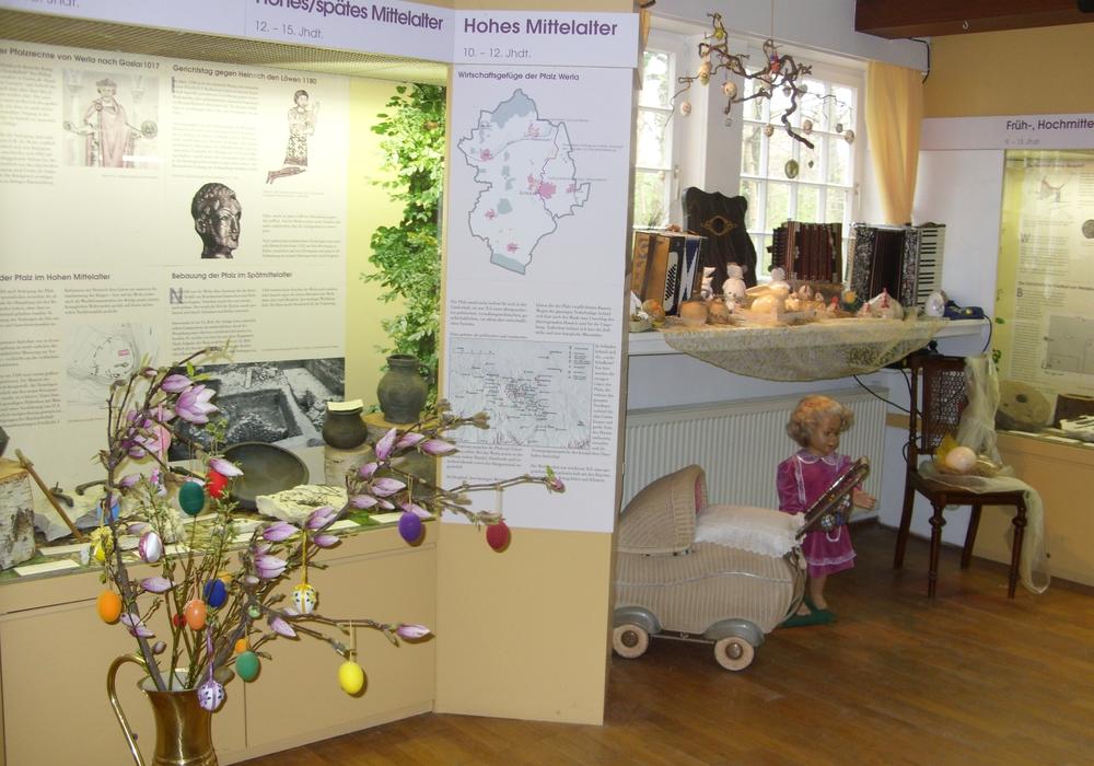 Im Schladener Museum wird eine Ausstellung zur Geschichte des  Kaninchenzuchtvereins gezeigt. Foto: Schacht