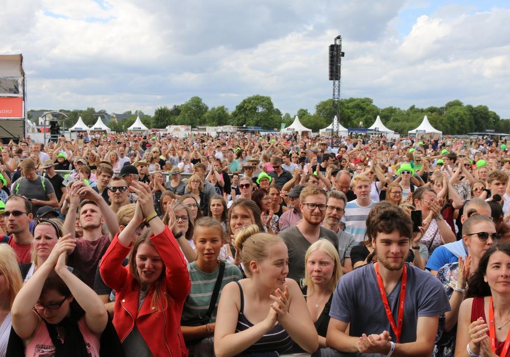 Das Publikum bei stars@ndr2 zeigte sich auch dieses Jahr wieder begeistert. Und auch wenn das Festival vorüber ist, in Wolfenbüttel stehen noch ein paar Programm-Highlights im Kalender. Foto: Werner Heise