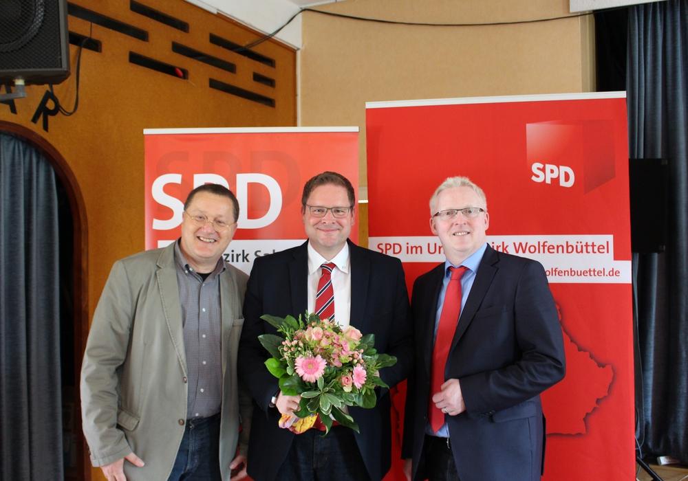 Michael Letter, Marcus Bosse und Falk Hensel nach der Wahl. Fotos: Christoph Böttcher