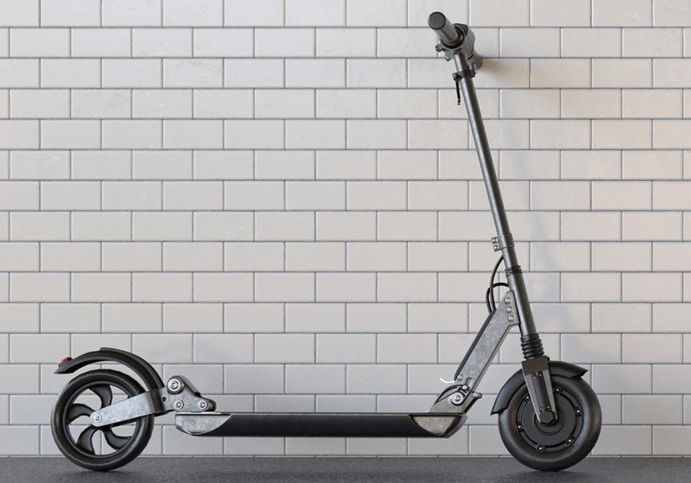 E-Scooter gibt es in den unterschiedlichsten Ausführungen. Doch nur wenige haben eine Zulassung für den öffentlichen Verkehr. Foto: Öffentliche Versicherung Braunschweig/Robert Kneschke/stock.adobe.com