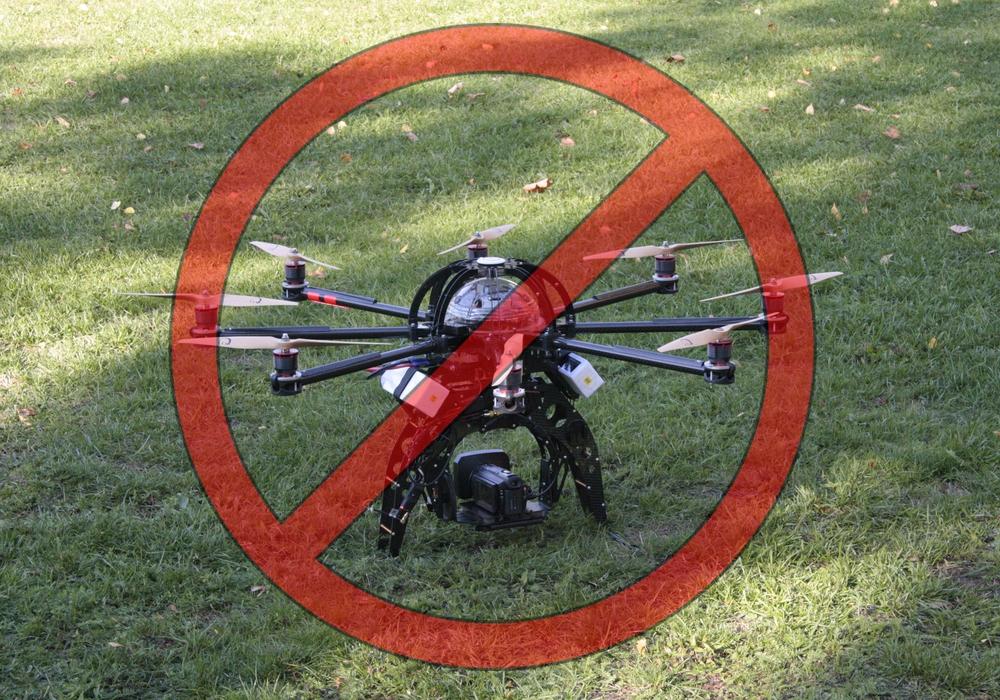 Hobby-Piloten müssen jetzt ganz tapfer sein. Symbolfoto: Werner Heise/Pixabay