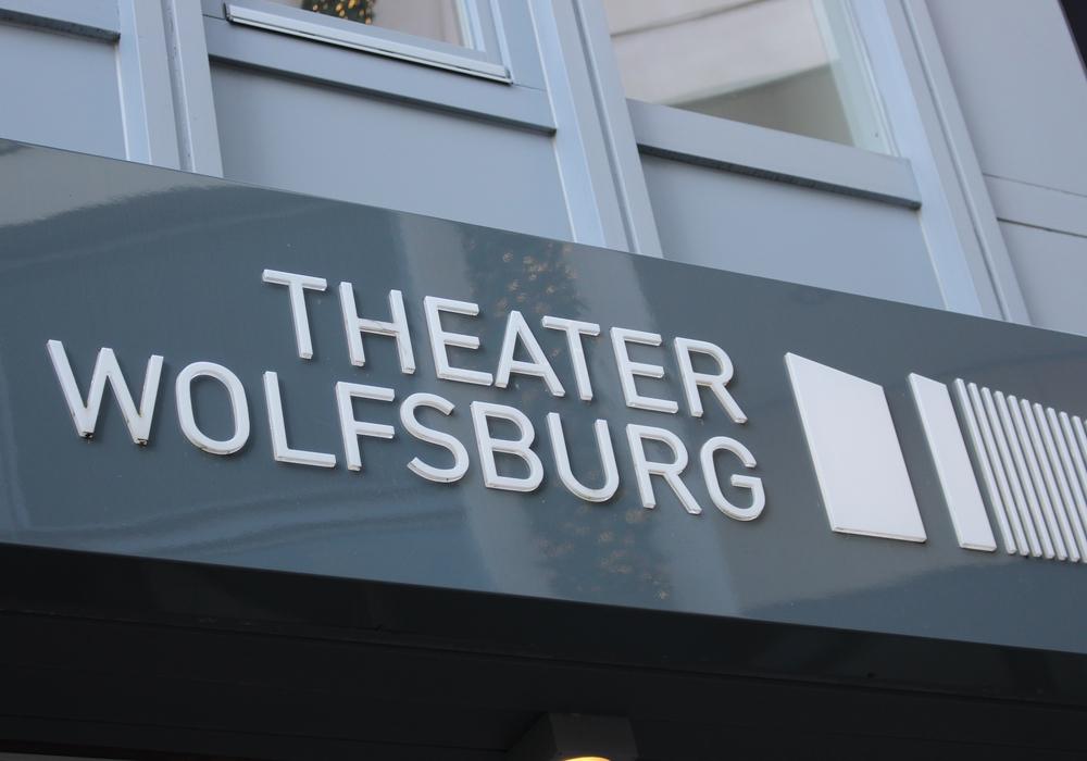 Wie die Stadt mitteilt, wird der Theaterparkplatz am Sonnabend, 3. März, von 6 Uhr bis abends komplett gesperrt. Symbolfoto: Magdalena Sydow