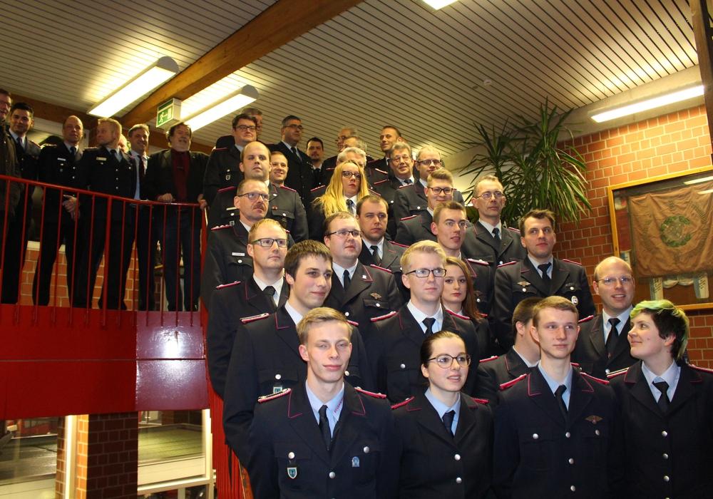 35 Kameraden wurden am Freitagabend befördert oder geehrt. Fotos: Jonas Walter