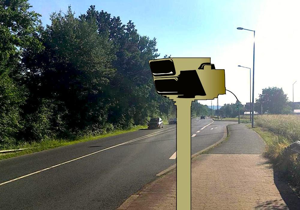Theodor-Heuss-Straße, an der Kreuzung zur Bruchmachtersenstraße bzw. Humboldtallee, in Fahrtrichtung Fredenberg: Hier soll bald ein neuer Blitzer der Raserei entgegenwirken. Foto: Nick Wenkel/Pixabay
