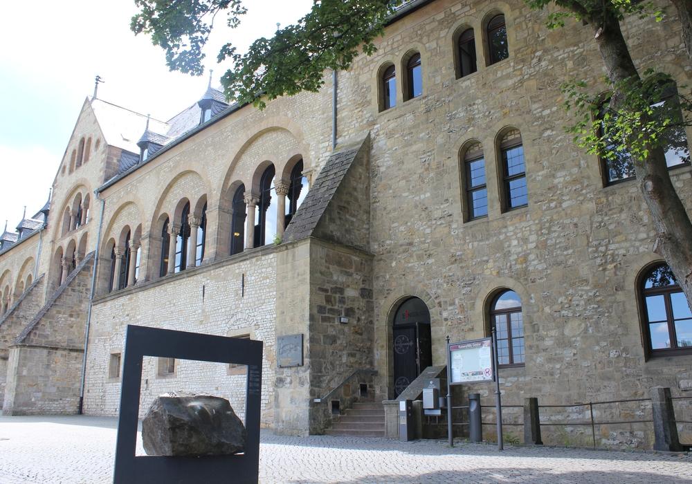 Auch das Standesamt Goslar öffnet wieder. Symbolbild.