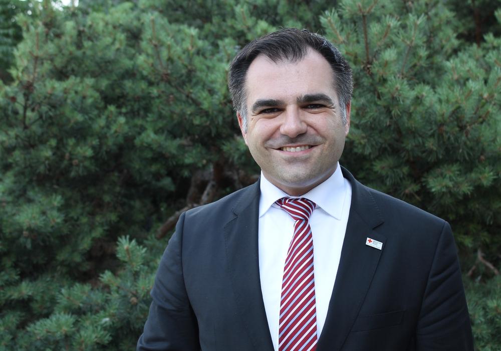 Der SPD-Landtagsabgeordnete Dr. Christos Pantazis besuchte die IGS Querum. Foto: Balder