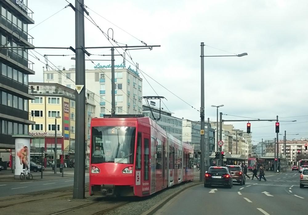 An der Stobenstraße stehen umfangreiche Arbeiten an, damit verändern sich auch die Fahrzeiten der Straßenbahnen. Foto: Robert Braumann