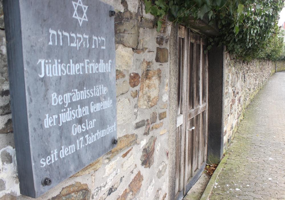 Der jüdische Friedhof könnte in Zukunft an jedem Wochentag geöffnet sein. Foto: Anke Donner