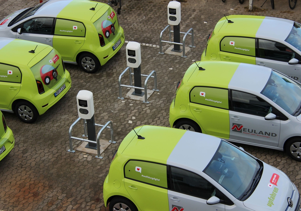 NEULAND setzt auf E-Mobilität. Fotos: NEULAND