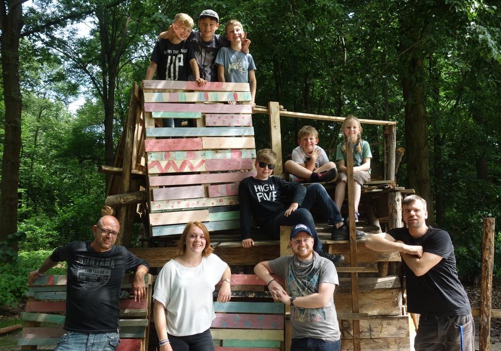 """Die """"Erlebniswoche auf dem Bauspielplatz"""" war ein voller Erfolg. Foto: Stadt Wolfsburg"""