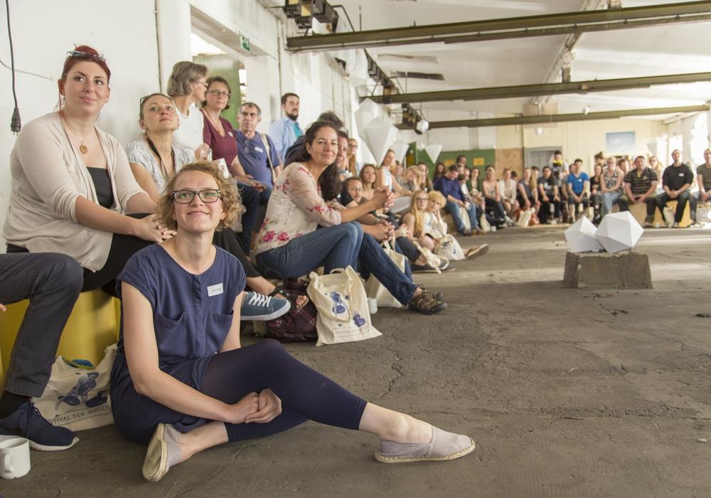 Begrüßung von rund 100 Teilnehmern. Fotos: Allianz für die Region GmbH/ Roberta Bergmann