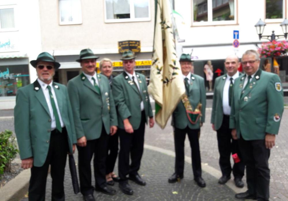 Eine Abordnung aus Hornburg nahm beim . Bundestreffen der ältesten Schützenvereinigungen ein. Foto: Müller