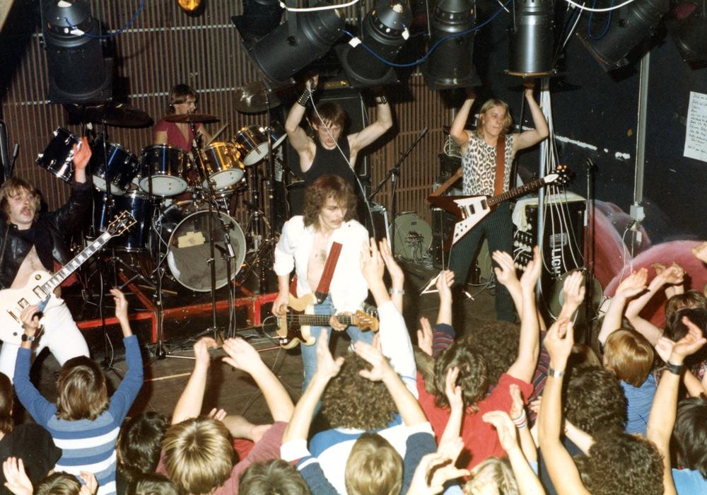 Die Local Heroes - Steeltower 1982 im Mehrzwecksaal des Kulturzentrums. Foto: Sammlung Thomas Rettke