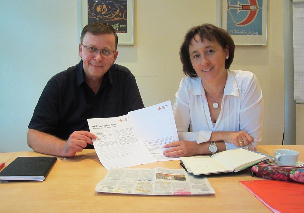 DRK-Vorstand Andreas Ring und Manja Puschnerus. Foto: DRK